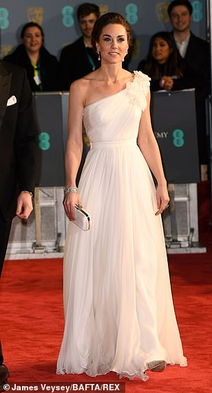 9634280-6688885-Sensational_Leading_the_A_list_stars_Kate_36_wore_a_stunning_off-a-30_1549829232600