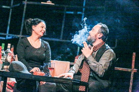مسرحية-خيانة-زوجية