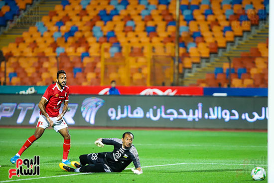 Electrification goal of the first shirt Ahli
