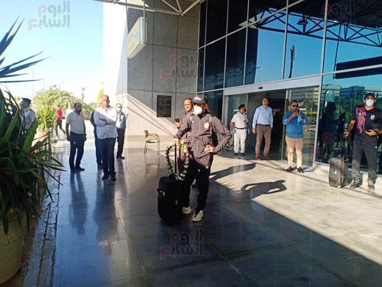 وصول بعثة الأهلي إلى القاهرة قادمة من المغرب (3)