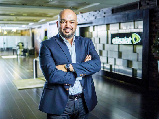 المهندس حازم متولى الرئيس التنفيذى لشركة اتصالات مصر