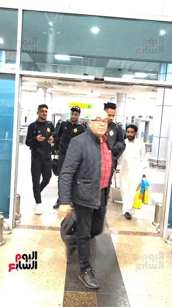Tunisian Esperance arrives in Cairo (5)