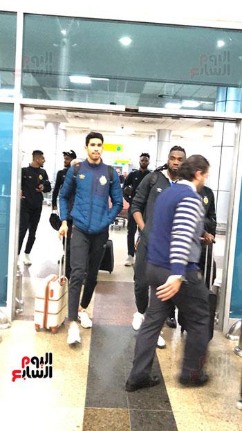 Tunisian Esperance arrives in Cairo (6)