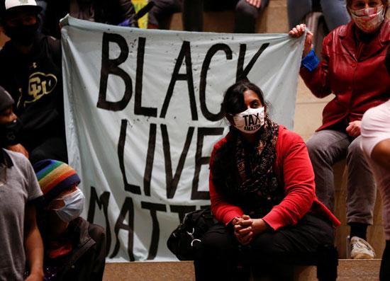 حياة السود تهم.. شعار المظاهرات التى أطلقها الأمريكيون