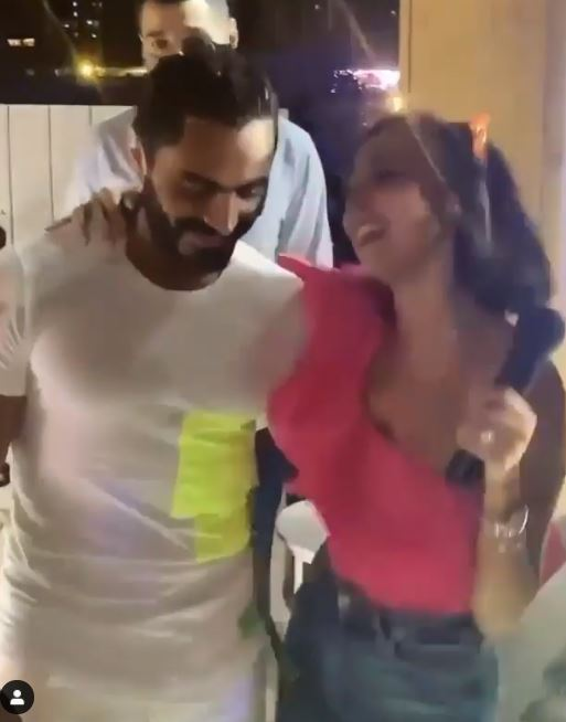 Tamer Hosni celebrates his birthday with his wife Basma Bousil with family and friends (4)