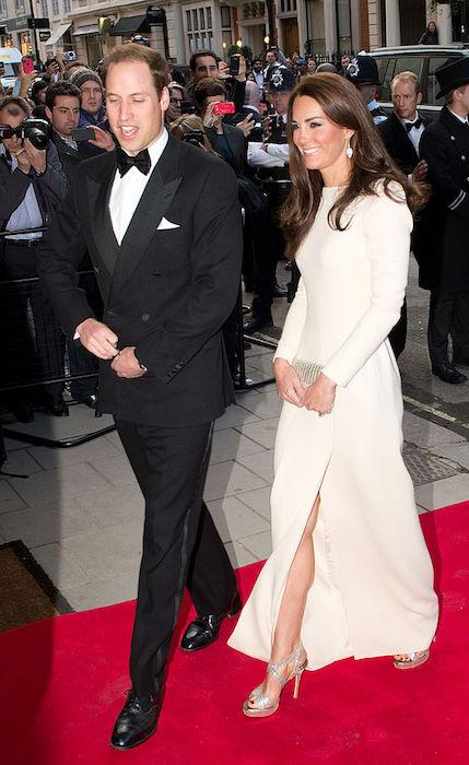 فستان رولان موريت ذو الأكمام الطويلة