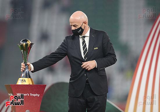 انفانتينو مع لقب كاس العالم للاندية