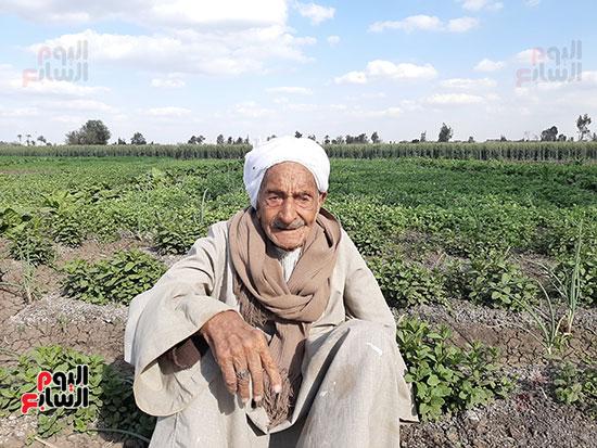 Elderly in village of helwat (2)