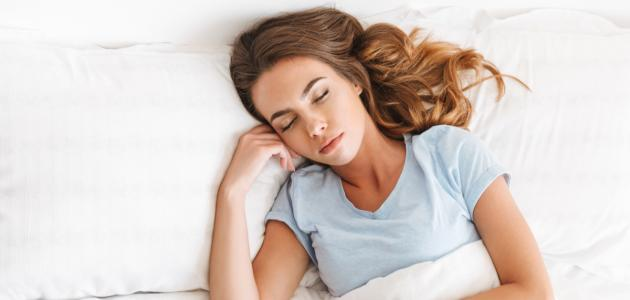 العناية بالشعر أثناء النوم