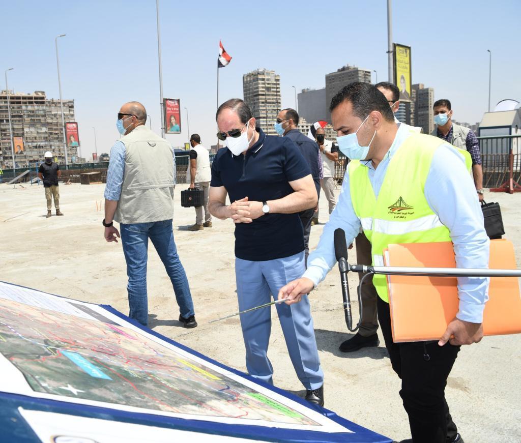 الرئيس السيسى يتفقد أعمال التطوير والصيانة للطريق الدائري (9)