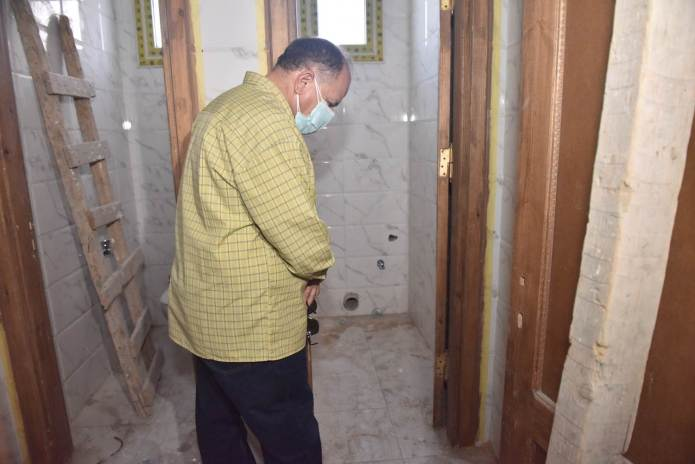 Assiut Governor inspects the construction of Al-Tanagha Al-Sharqiah Secondary School and a firefighting unit in Sahel Selim (16)