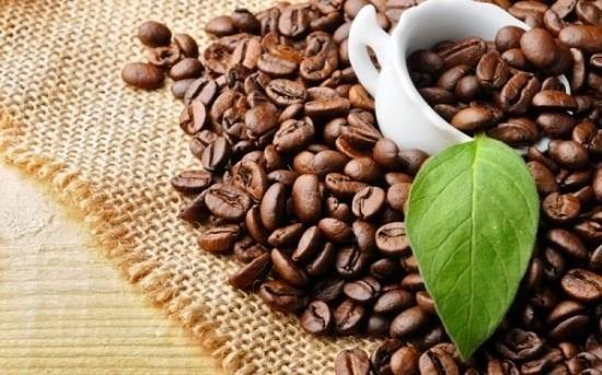 وصفات طبيعية من القهوة للعناية بالشعر  (2)