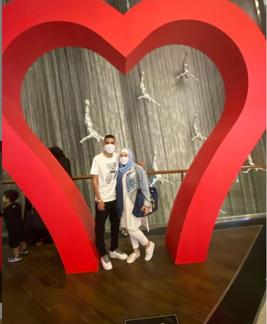 Moamen Zakaria and his wife