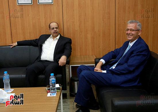 الرئيس التنفيذى لجى بى غبور أوتو فى زيارة لـاليوم السابع (1)