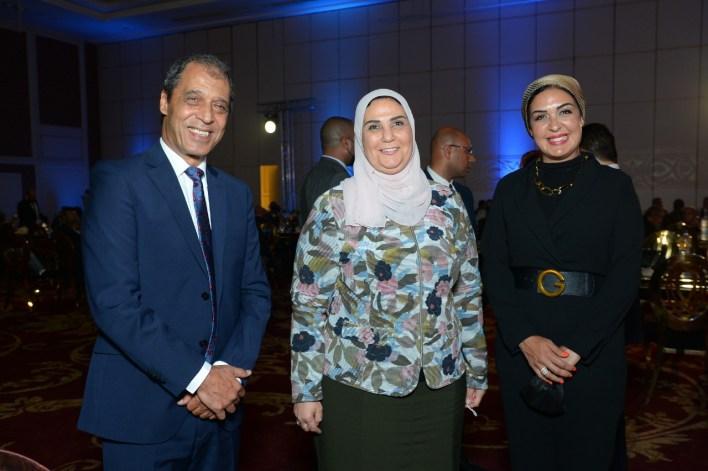 رنين تحتفل بنجاح مهرجان على وش جواز بحضور وزير التضامن (4)