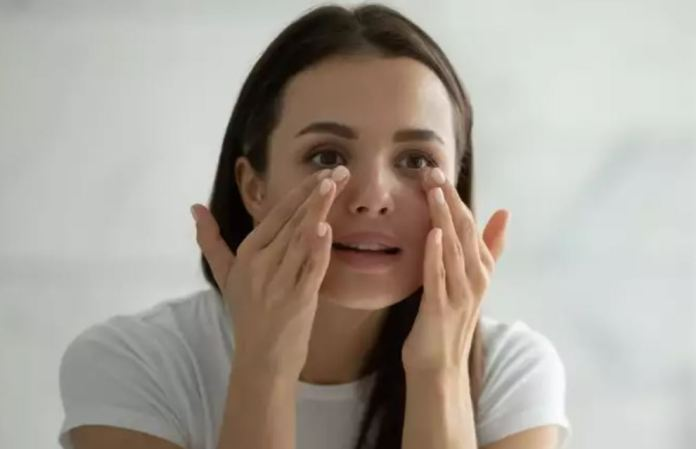 Plum maintains eye health