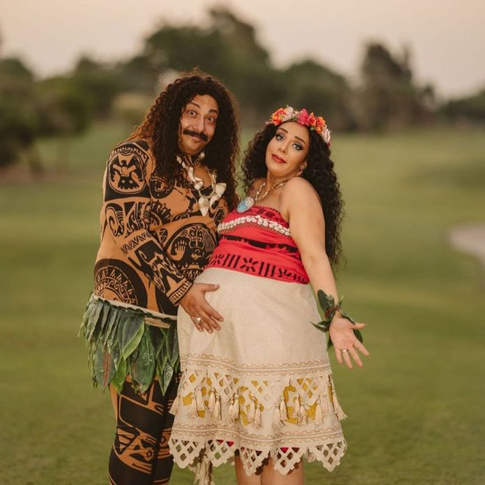 Mohamed Tharwat and his wife in a photo session