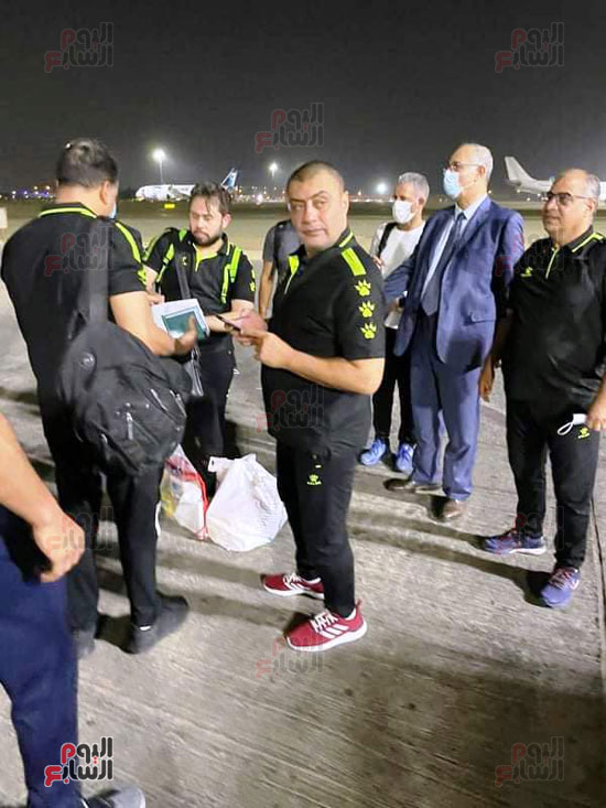 Al-Ahly delegation arrives in Cairo crowned with the title of African Cup Winners' Cup (11)