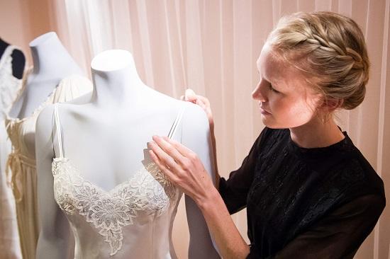 42016131638164underwear history %287%29 بالصور مراحل تطور الملابس الداخليه الحريمي