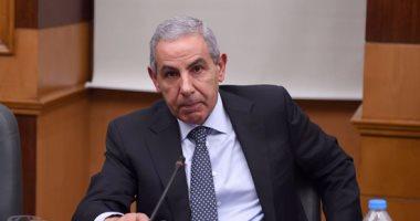 وزير الصناعة يعلن فوز شركات أسمنت المصريين والسويدى وجنوب الوادى بـ3رخص أسمنت