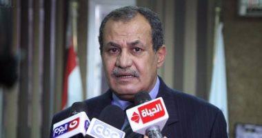 بالصور.. رئيس حى المقطم: استمرار حملة التبرع لصندوق تحيا مصر حتى الاثنين المقبل