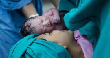 اضرار الولادة القيصرية تعرفي عليها اليوم السابع