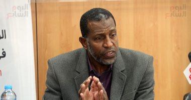 ربيع ياسين يطالب اللجنة الثلاثية بصرف رواتب الجهاز الفنى لمنتخب الشباب.. فيديو