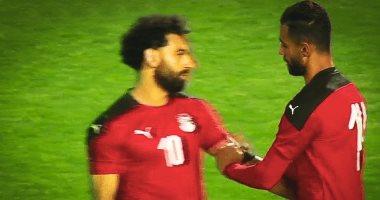 """الننى يتنازل عن شارة """"كابتن"""" المنتخب لمحمد صلاح بعد خروج عمرو السولية"""