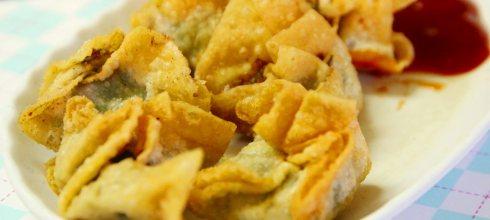 「這間炸餛飩的酥脆爽口讓人難以抵抗!」屏東人私藏的 5 間口袋美食,一定要去朝聖一次!