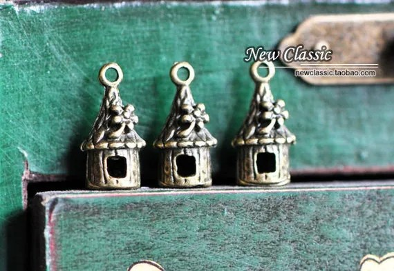 Antique Bronze House  Charms 3D  -10375 / 10Pcs