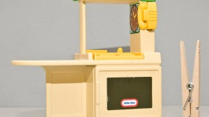 Vintage Little Tikes Kitchen Set For Dollhouse By
