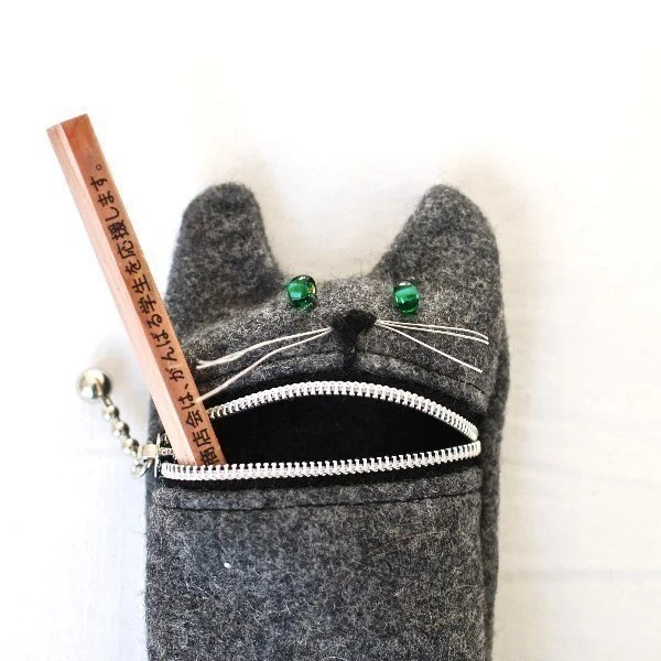 Pencil case,  Eyeglass case: cute Hungry cat pencil / eyeglass case,  grey wool - Tokyoinspired