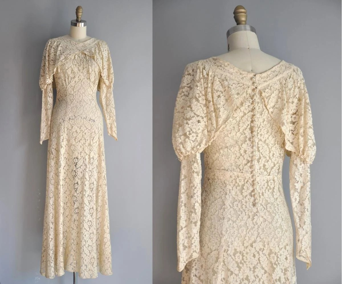 R E S E R V E D... Vintage 1920s 20s Wedding Dress // 20s Rare