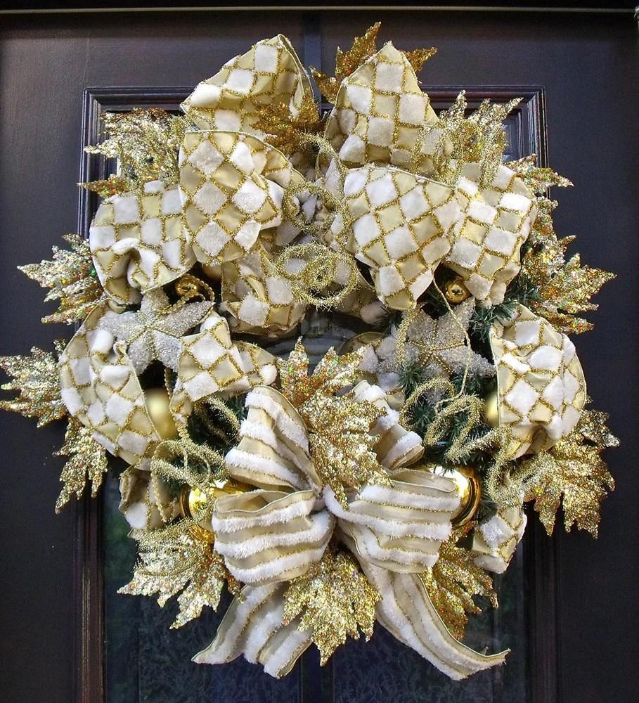 26 DIY Tutorials And Ideas To Make A Snowman Wreath