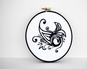 Abstract Black and White Swirl Design, 4 inch Embroidery Hoop Art, Mehndi-Inspired - sometimesiswirl