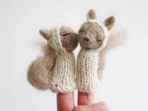 FINGER PUPPET MOBILE / Wall Hanging, Needle Felted Squirrel Valentines, baby, children, kids, eco-friendly toy, nursery decor