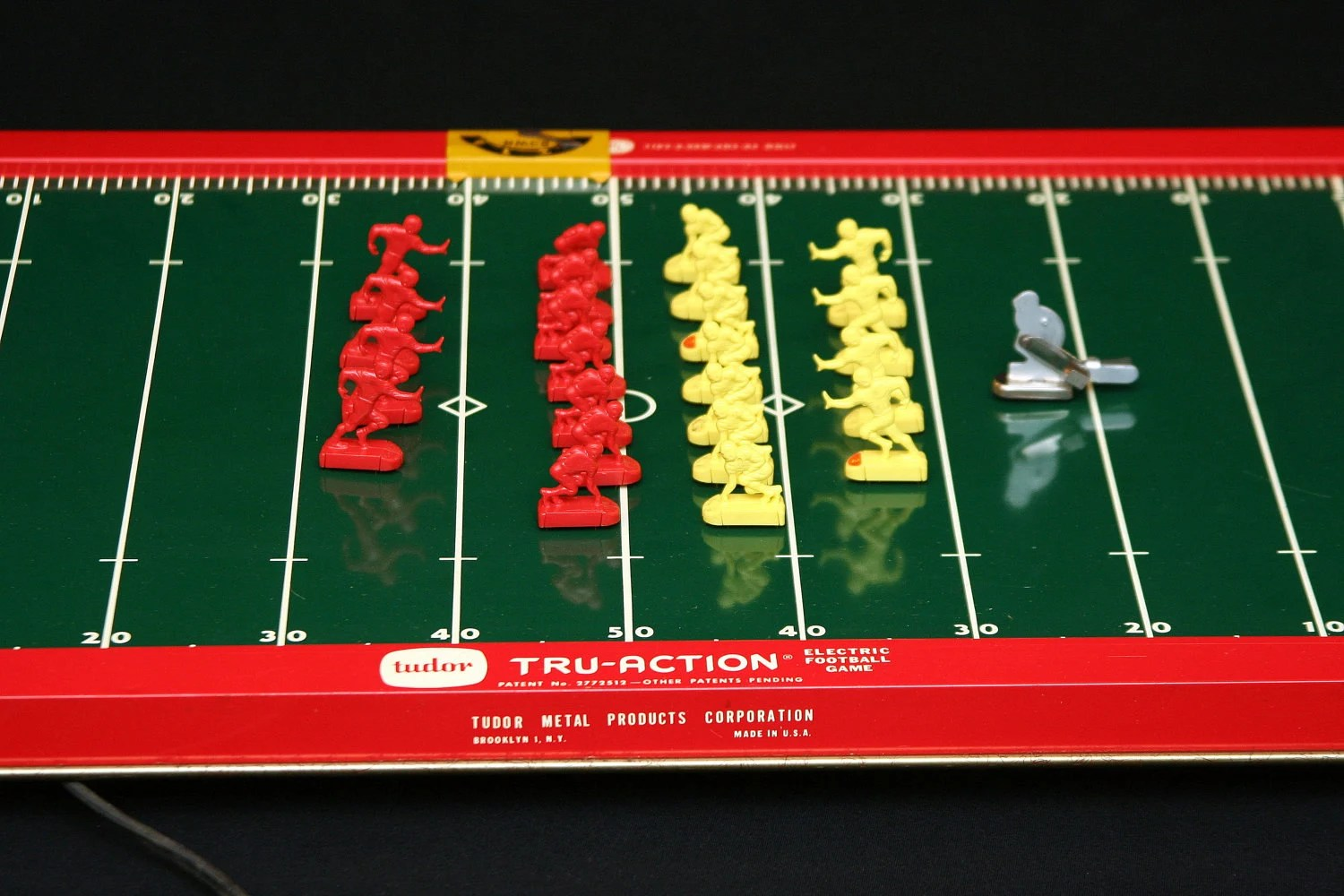 vintage 1959 tudor tru action electric football by houseofawesome