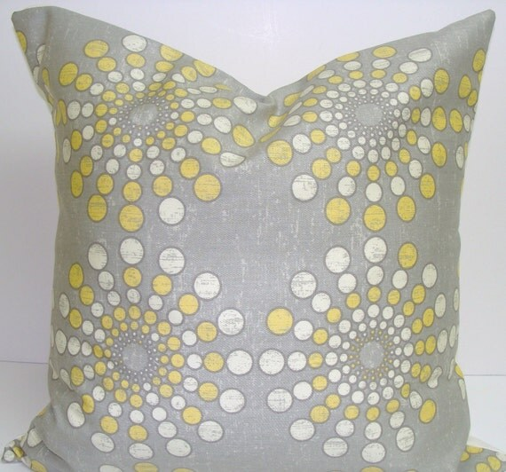 Sunburst Pillow.Yellow.18x18 inch Decorator Pillow Cover..Solar.Sunburst Pillow.Starburst - ElemenOPillows