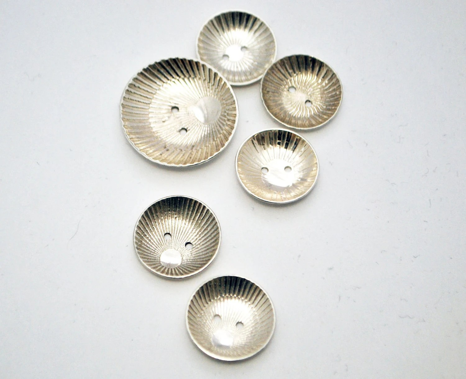 Handmade Sterling silver buttons- Japanese Illusion buttons - Large Etched silver buttons - x6 - McDaddio