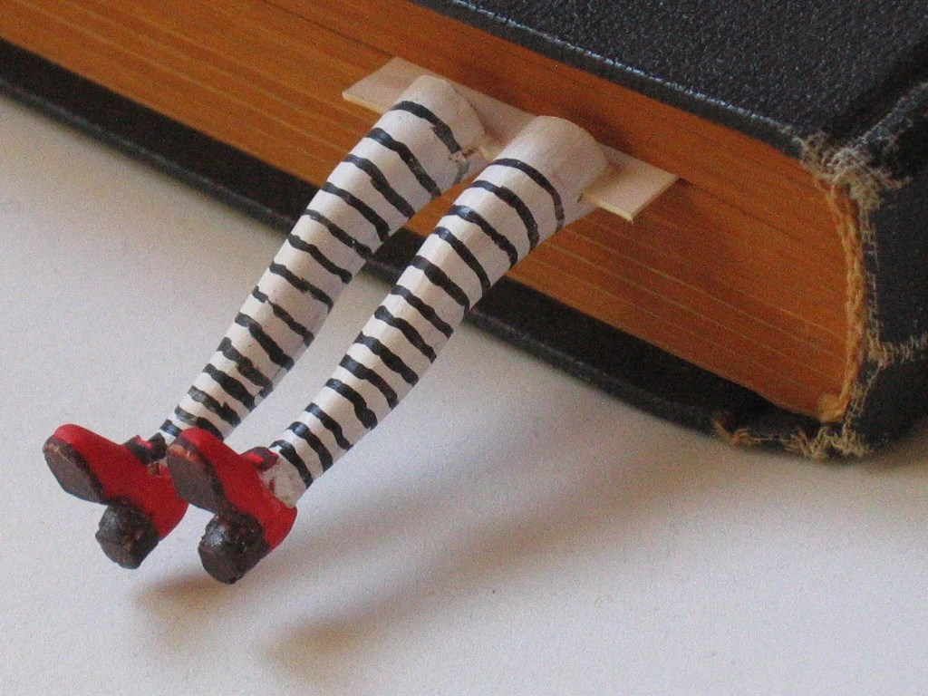 Legs Bookmark  3D  in a gift package