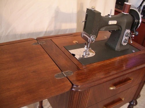 White Sewing Machine 77MG and Cabinet