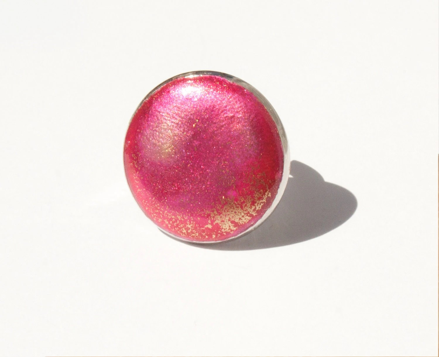 Neon pink and golden round ring - MiLaDo