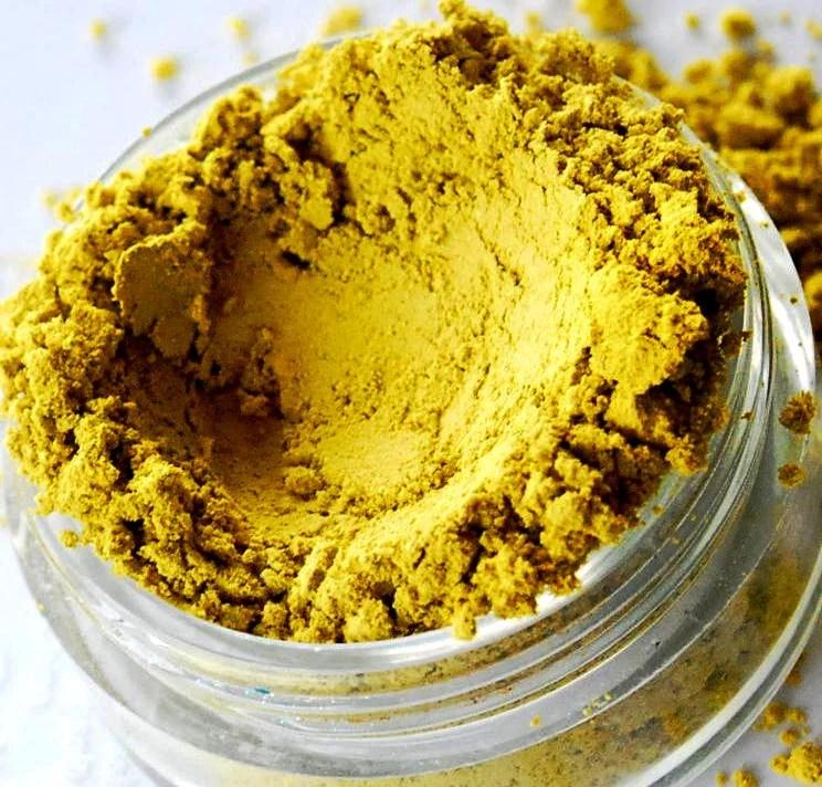 Chartreuse - Semi Matte Bright Yellow Mineral Eyeshadow - 10 Gram Sifter Jar - SMASH - SMASHME