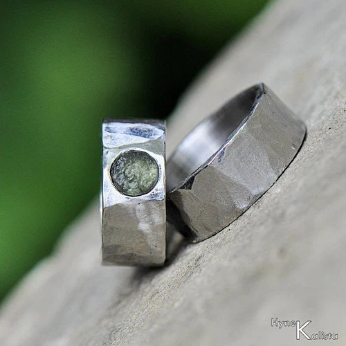 Moldavite HAMMERED Wedding Ring Womens Mens Stainless Steel