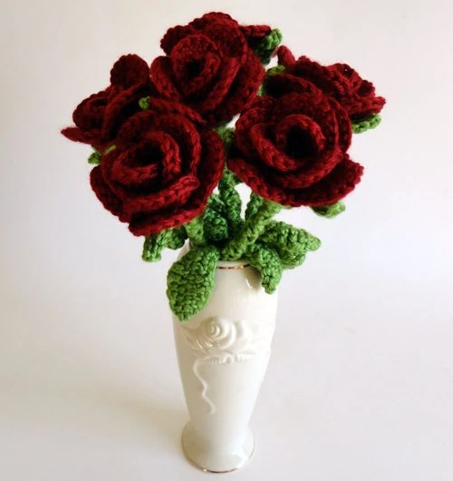Bouquet of Roses - PDF Crochet Pattern - Instant Download - CrochetSpotPatterns