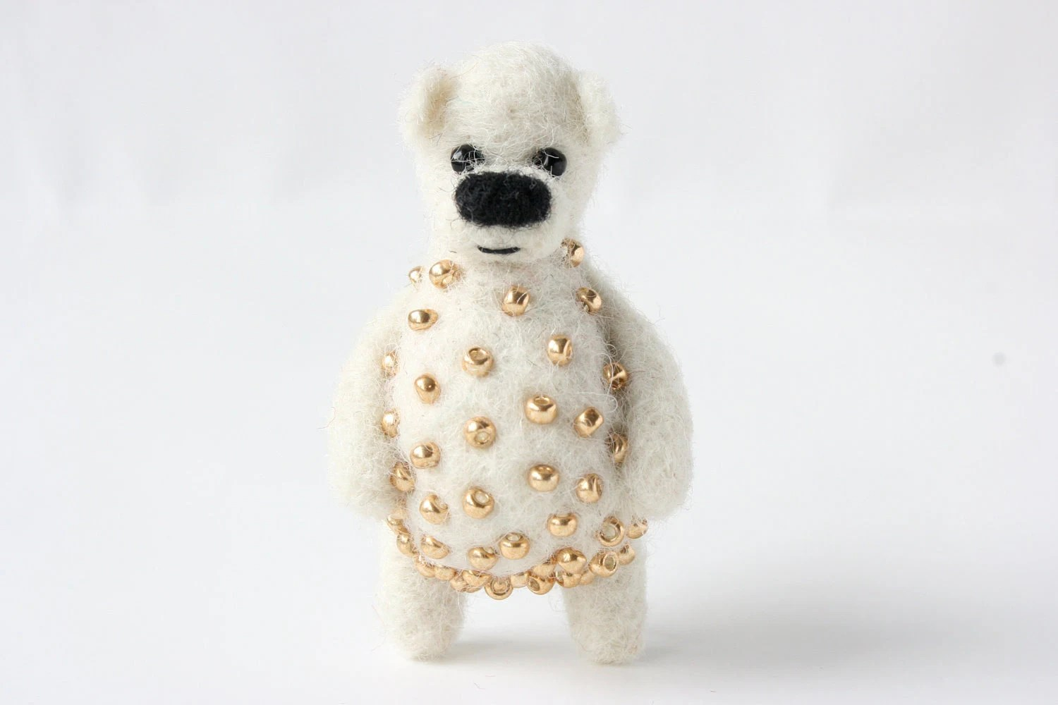 White bear with golden beads, brooch - unpetitours