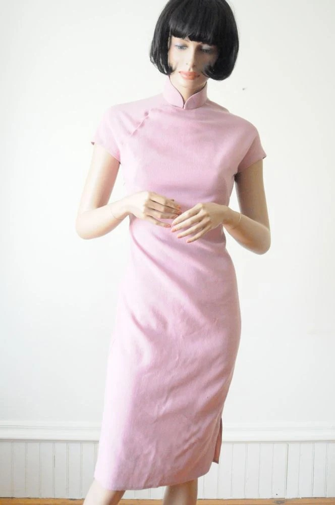 SALE...70's PINK Dress / Pale Pink Wool Mandarin Style Wiggle Dress - rockthisvintage