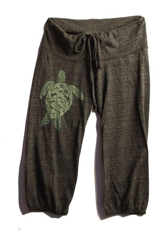 be still my Sea Turtle Pants, Cropped Pants, Yoga Capris, S,M,L,XL - nicandthenewfie