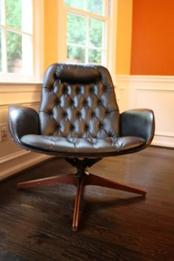 Hallows Eve SALE. The other Herman Miller. Designer tufted Plycraft Mid Century Mr. Swivel Chair by Mulhauser Tufted Lounge. Stamped