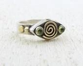 Silver and Gold Ring - Gold Spiral Ring - Peridot  Ring - 'Eye' Shaped silver Ring - OOAK Ring - Omiya